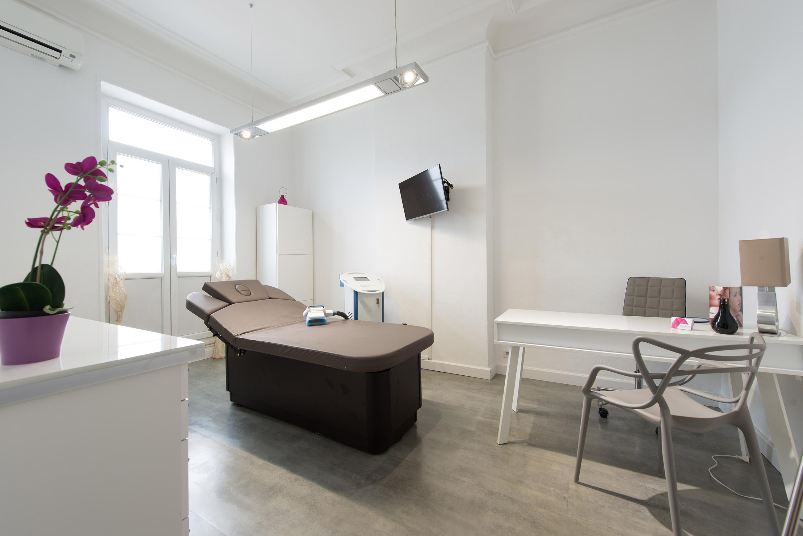 le centre amaderma amaderma centre m dical esth tique. Black Bedroom Furniture Sets. Home Design Ideas